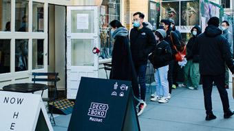ニューヨークSOHO 地区「Now Hereギャラリー」にて展示しました。